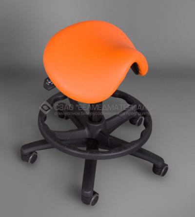 Табурет вращающийся с седлообразным сиденьем  ТС-1П (с кольцевой опорой для ног)